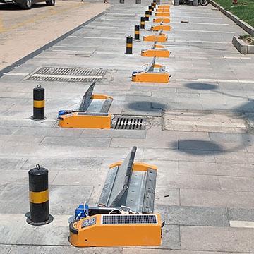 江苏商业广场路边太阳能免布线车位管理设备