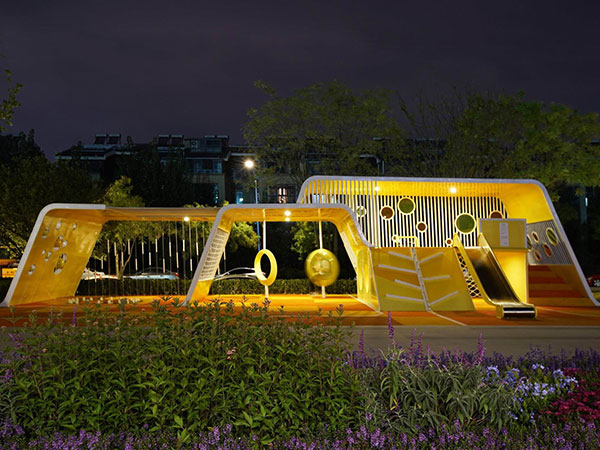 南京万科不锈钢滑梯案例 商业区小区景观设计案例