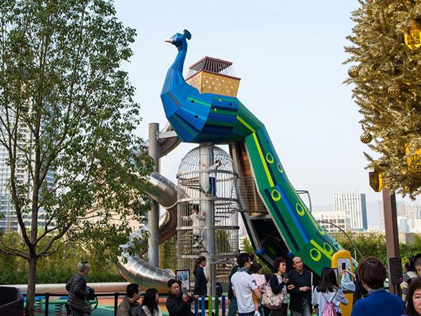 孔雀造型无动力游乐设备孔雀儿童组合滑梯设施厂家
